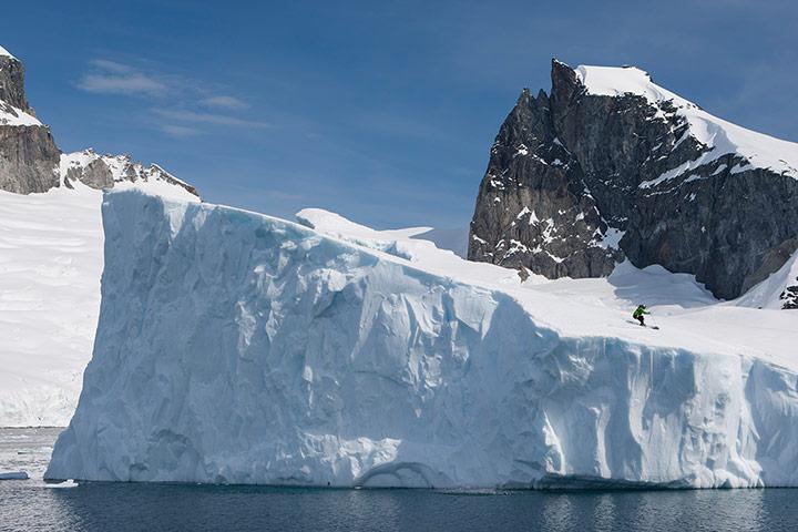 Antarctica-skiing-gallery-011.jpg
